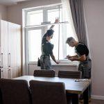 Comment mesurer une fenêtre pour choisir ses stores ?